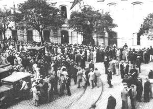 Estudantes de Direito reunidos no Largo de São Francisco, SP.