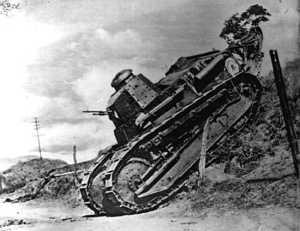 Tanque em assalto à região ocupada pelas forças do Leste Brasileiro,  Renault, 1932