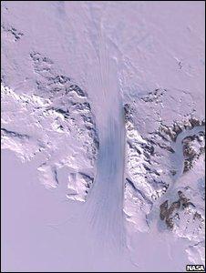 byrd-glacier-135km-x-24-km