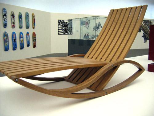 chaise zonza, eduardo gomes baroni, jequitibá, 2007, móveis schuster