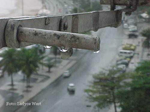 chuva, Copacabana, fotoLadyce West