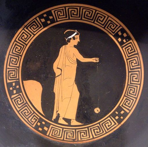 Boy-playing-yo-yo.-Tondo-of-an-Attic-red-figure-kylix-ca.-440-BC.