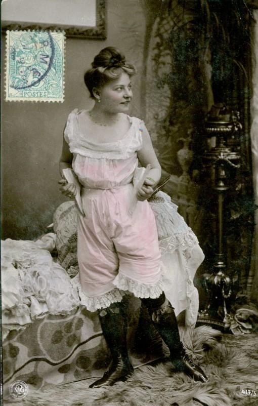 1910s-pinup-postcard