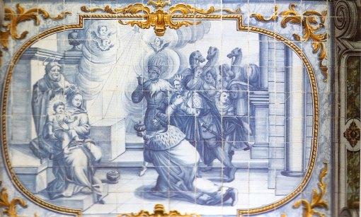 Painel neo-clássico atribuído a Francisco de Paula e Oliveira, localizado no sub-coro da Igreja de Nossa Senhora do Rosário dos Pretos, em Salvador (BA) .