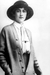 young-agatha-christie-1926