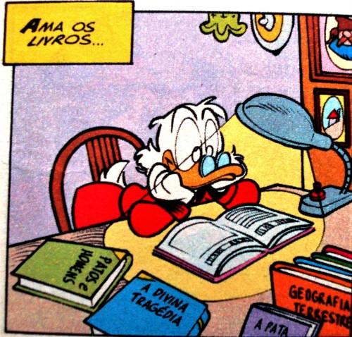 lendo, patinhas, noite, livros, mesa,